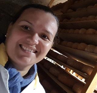 Camila Almeida Alves